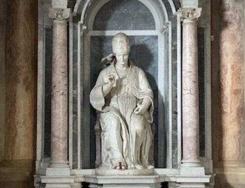 """Il """"San Pietro in abito di papa"""" di Michelangelo e la sua trasformazione"""